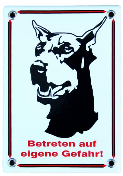 """Dobermann Emailschild """"Betreten auf eigene Gefahr"""" Emaille Schild Nr. 1009"""